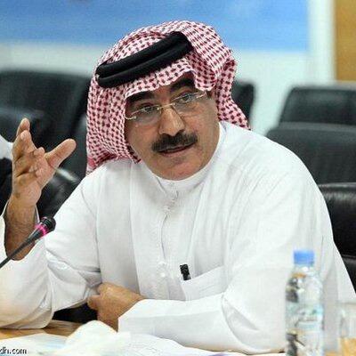 """الدكتور """"علي القحيص""""، الكاتب السعودي"""